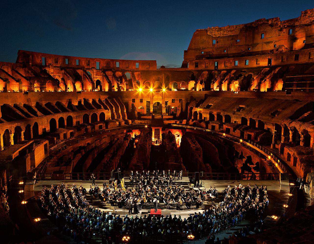 Colosseum_with_Orchestra