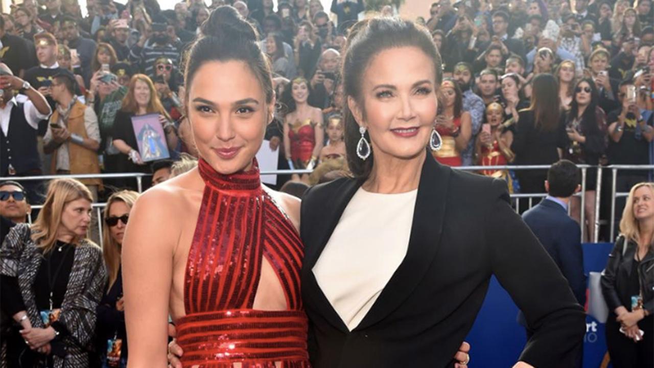 Gal Gadot Walks The Red Carpet With Original Wonder Woman -8051