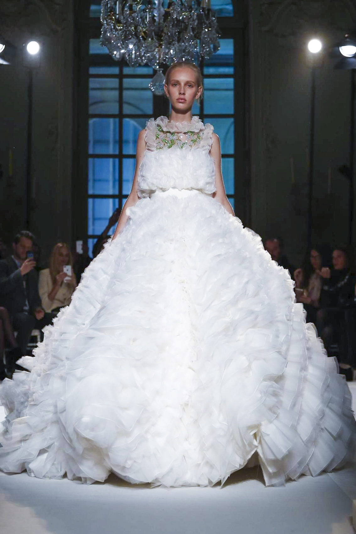 10 wedding perfect couture dresses fit for a fashion for Giambattista valli wedding dress price