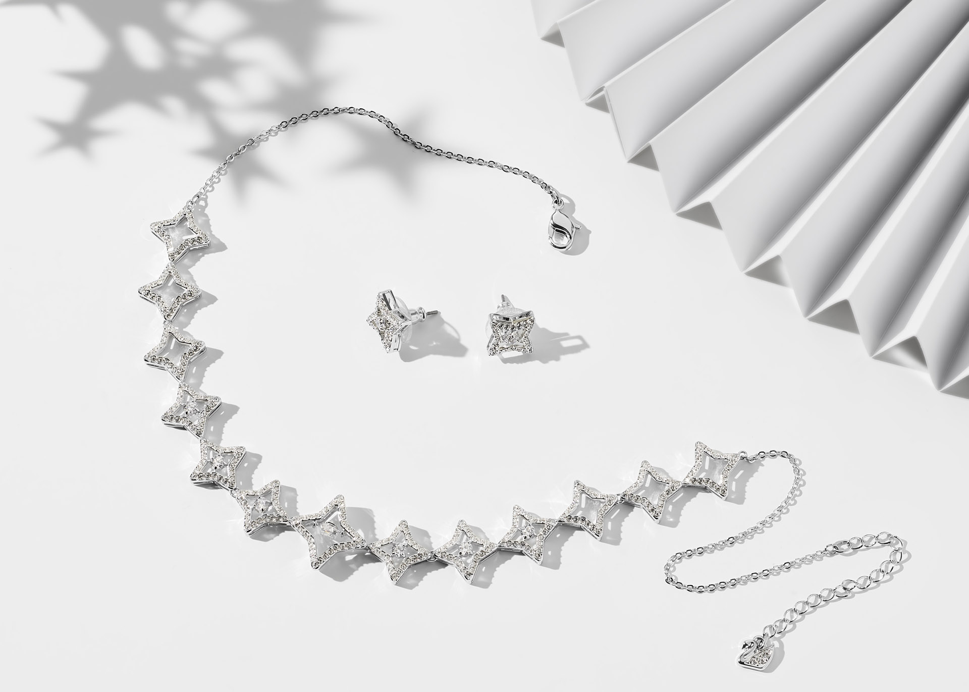a915b213ee880 Christmas Jewellery Gift Idea: Day 11 - Sparkling Dance Star Set