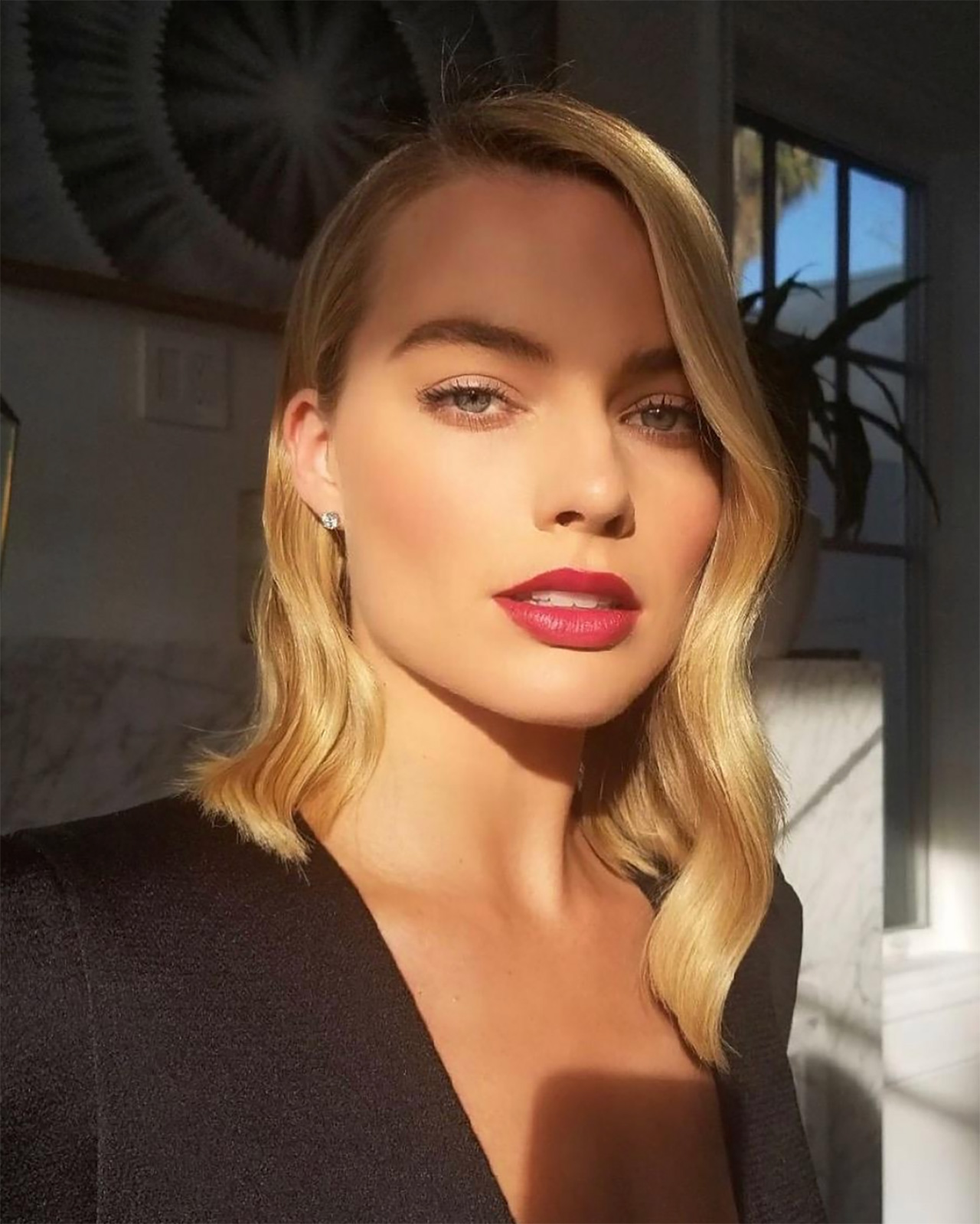 Why The Sunlight Selfie Is Your New Best Friend - Grazia -5542