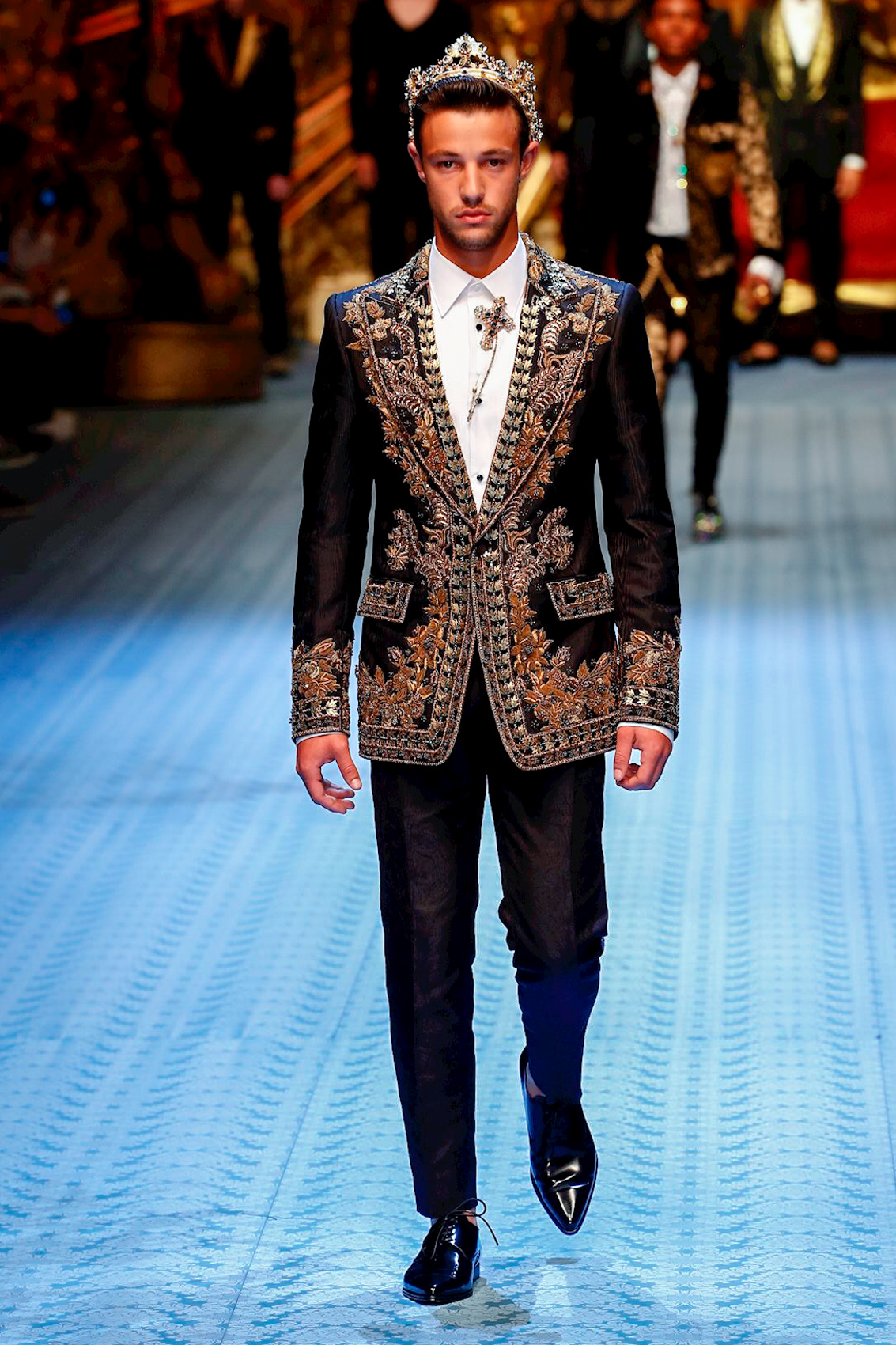 Dolce Gabbana Fashion Show Menswear Collection Spring Summer