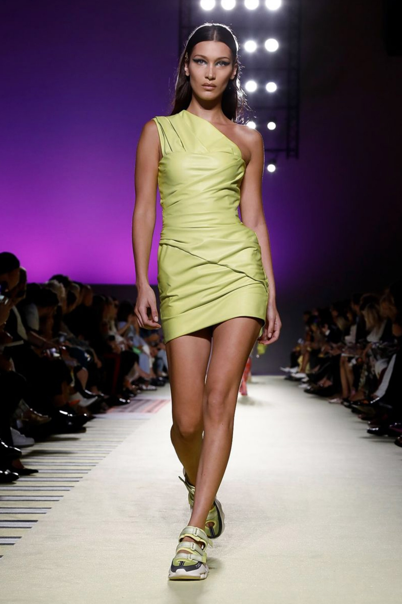 Vis A Vis Fashion Show Instagram