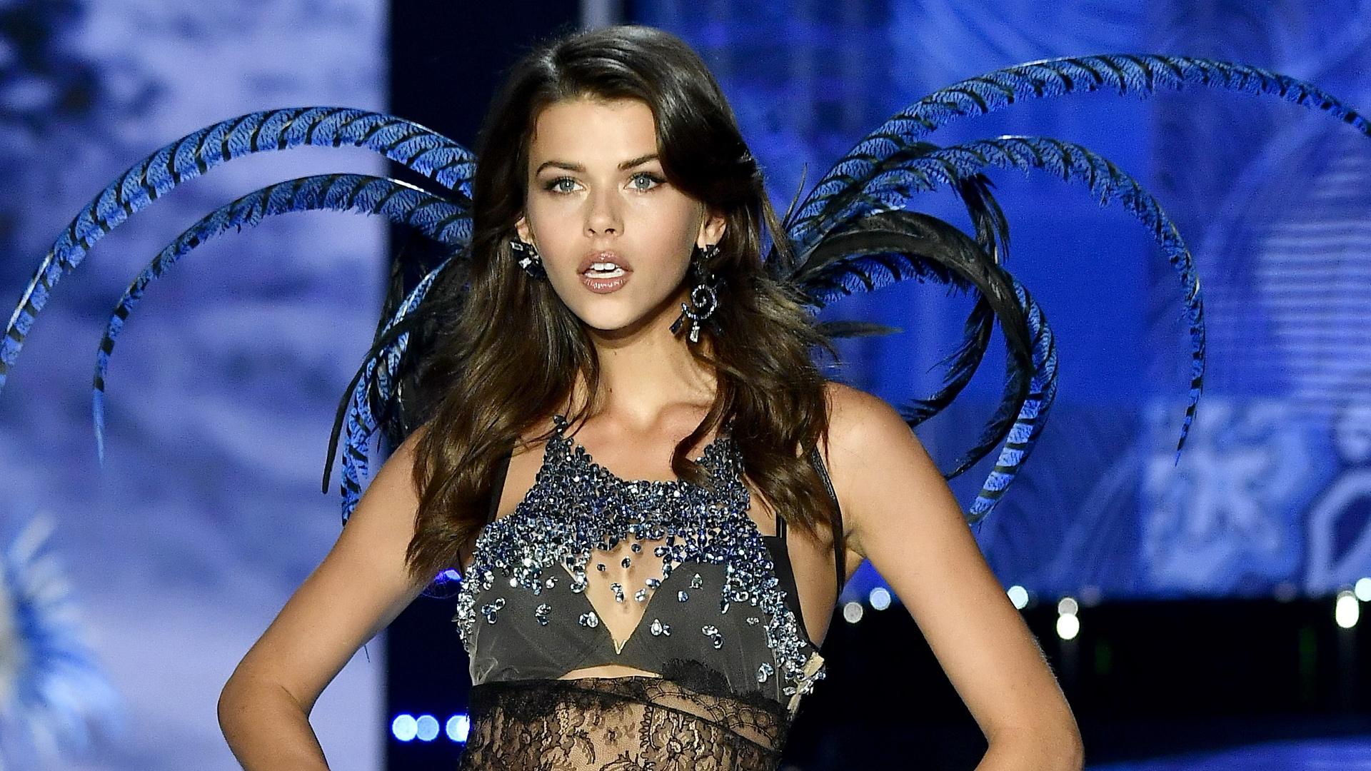 73e57277e38c6 Georgia Fowler on Victoria's Secret, intermittent fasting and the very real  hustle in New York City - Grazia Australia