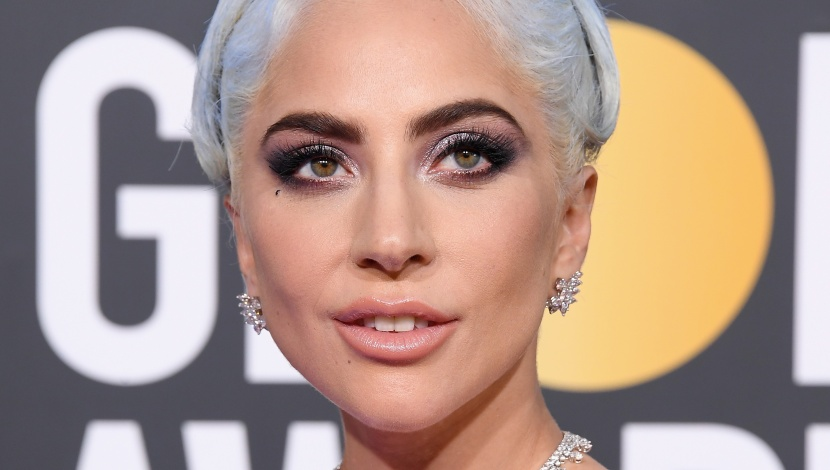 Lady Gaga S Perfect Pin Curl Marks The Return Of The Hair