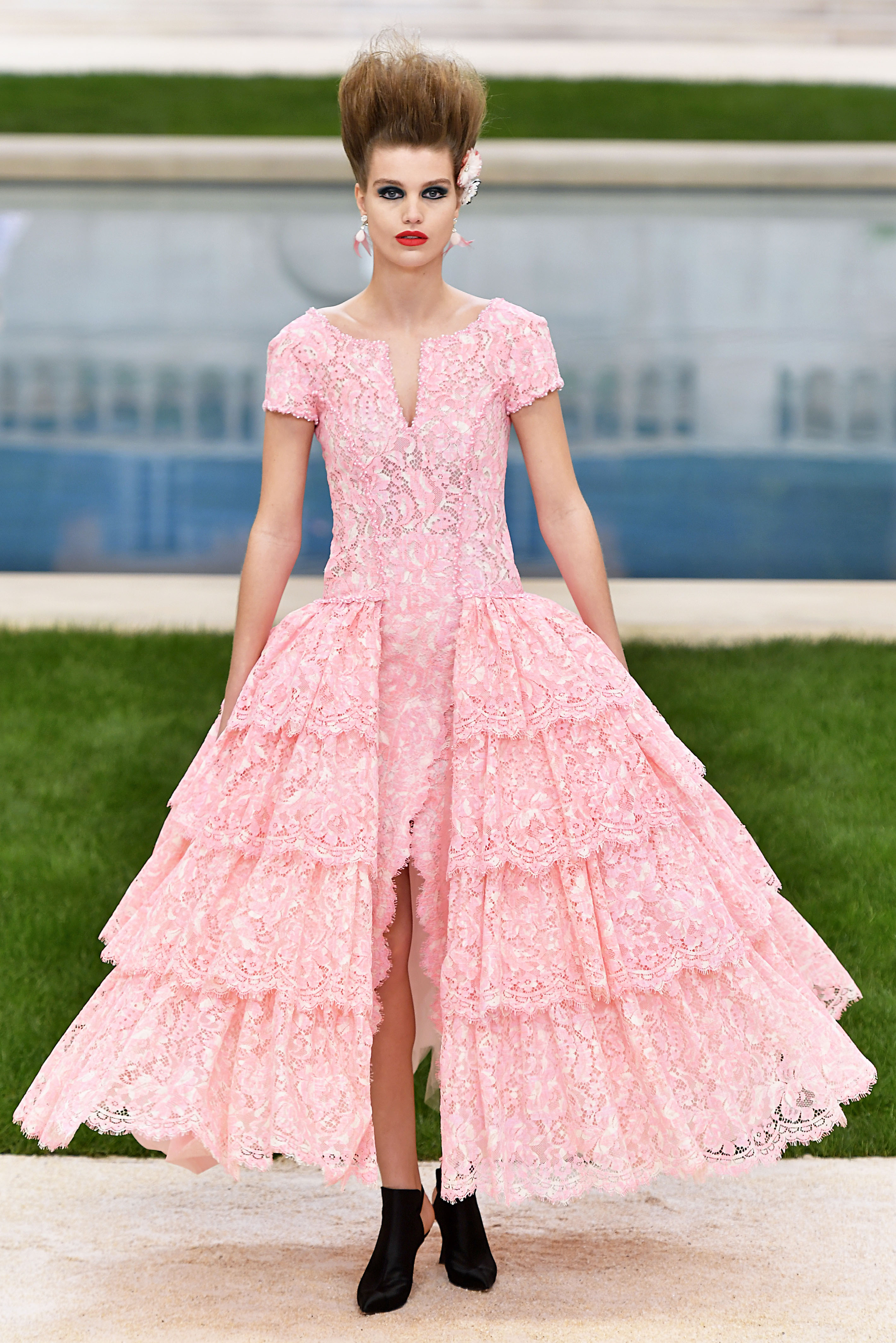 Chanel Runway Paris Fashion Week Haute Couture Spring Summer