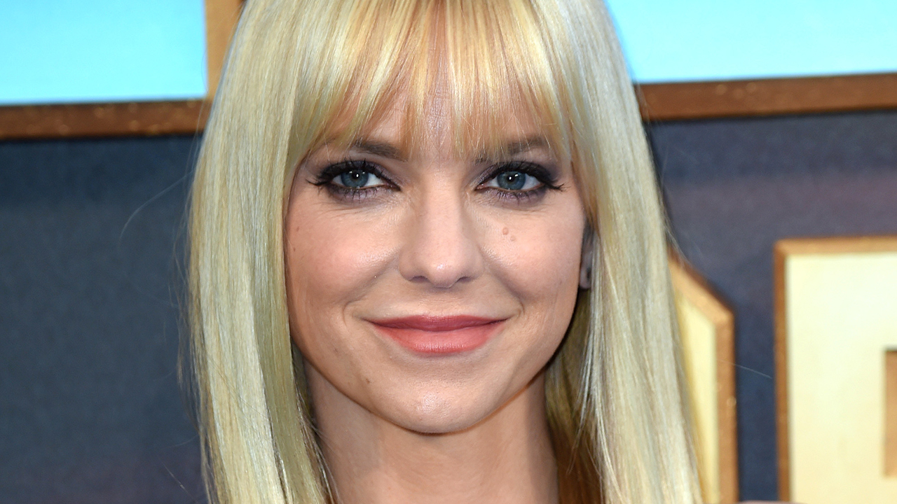 Anna Faris is still ce...