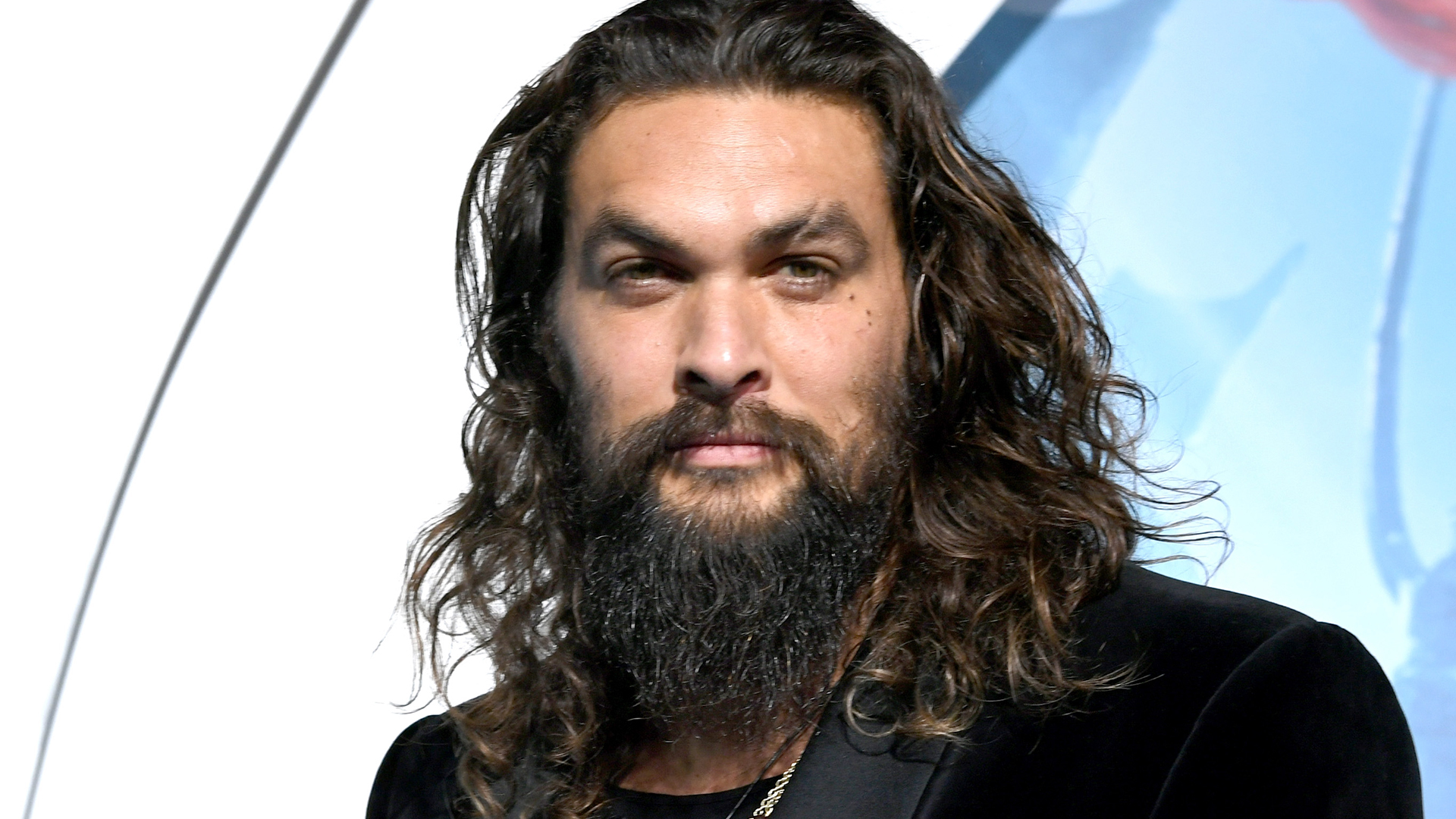 Jason Momoa Has Shaved off His Beard, and a Warning, It's Quite a Shock