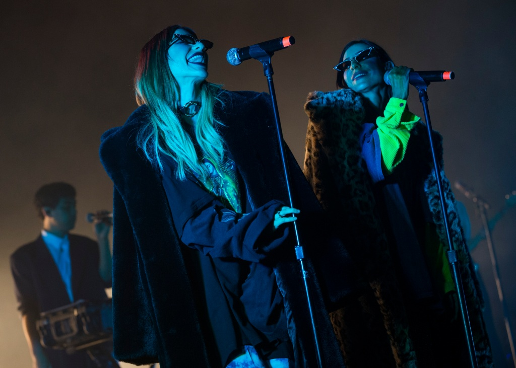 The Veronicas' Splendour Performance Evokes Peak Noughties Nostalgia